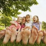 barefeet 150x150 - Take time to step on the bare earth to discharge excessive ions from your body
