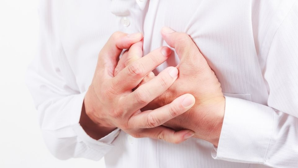heartattack man - Why you must always have health insurance.