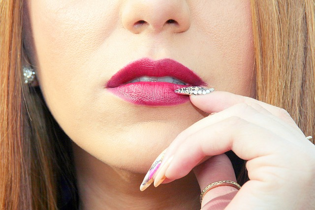 nail bite lips - How to stop restless leg syndrome and nail biting