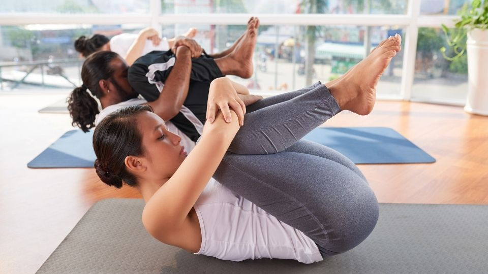 exercise spinalroll - More exercises to relieve stiff shoulders and lower back
