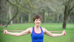 shoulderstretch 300x169 - How to reduce a hunched back through exercising