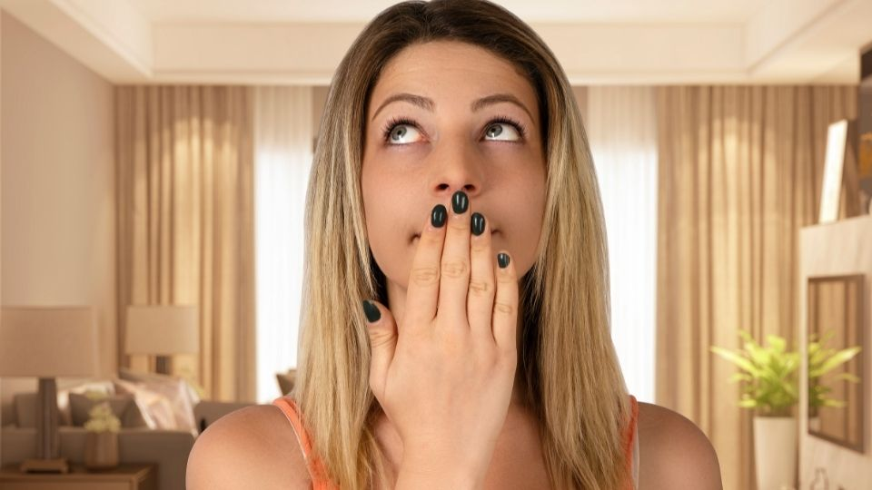 woman mouth - How to relief a queasy stomach and coated heavy tongue feeling when you wake up