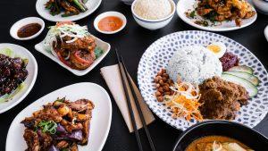 food malaysian 300x169 - Calories in common Malaysian food
