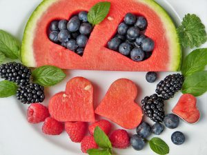 fruit detox 300x225 - Battle Fatigue by Taking Fruits First Thing in the Morning