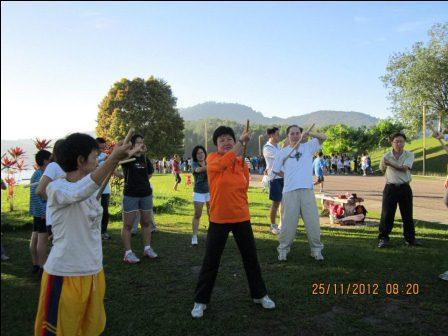 cane exercise penang08 - Cane Exercise at Robina Park Penang