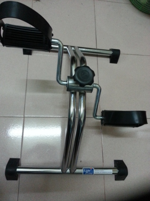 wpid Exercise pedal mini bike - Exercise pedal or portable mini exercise bike- can you lose weight on those?