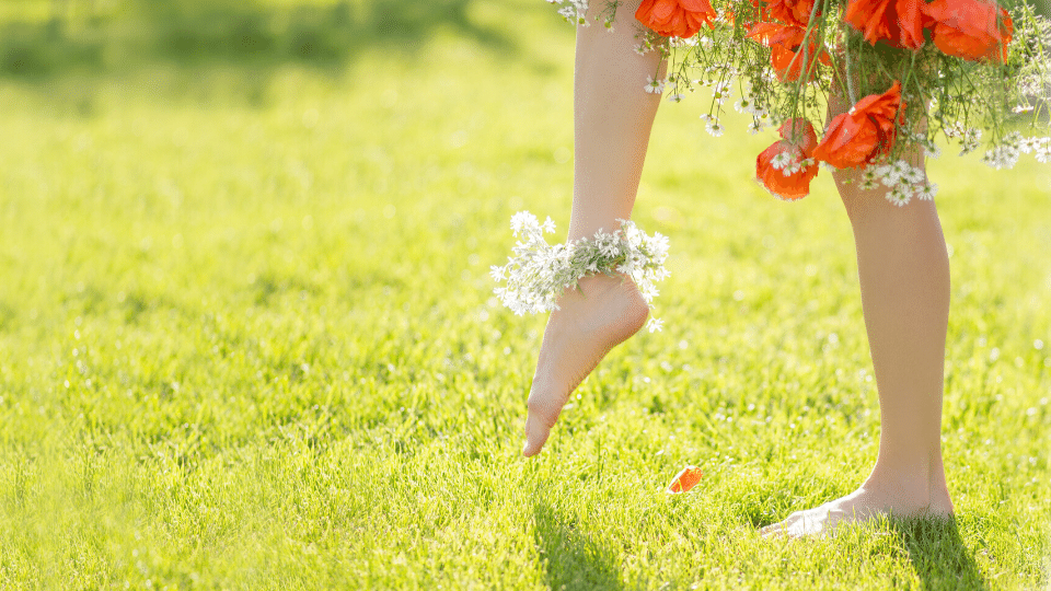 barefoot - Walk barefoot on the soil to improve your eye sight