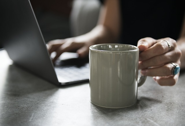 drink coffee stress - Why caffeine is bad for our body
