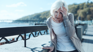woman dizzy 300x169 - Treatment for unexplained dizziness or vertigo in women