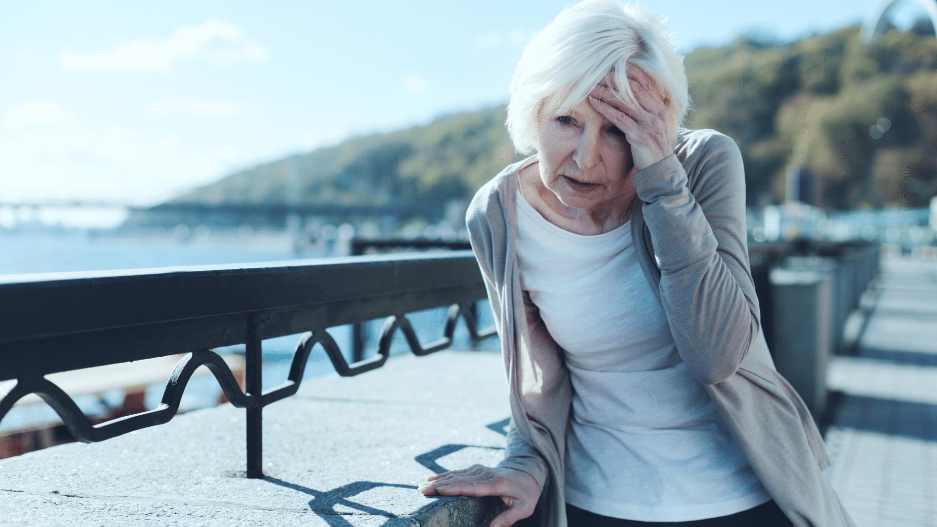 woman dizzy - Treatment for unexplained dizziness or vertigo in women