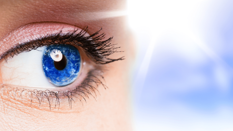 eyes1 - Archives